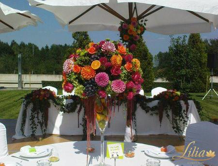 COLOURFUL WEDDING